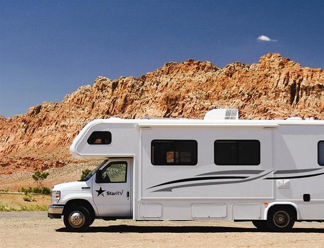 Star RV Perseus camper huren in Amerika
